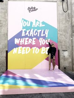 Fun use of graphic design and quotes as a backdrop – corporate event design Design Typography, Design Logo, Design Poster, Corporate Event Design, Event Branding, Backdrop Design, Booth Design, Backdrop Event, Display Design