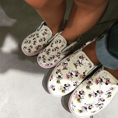 Oops, we did it again! #matching #shoes #disney #vans #classic #minniemouse #happykatie #elle #mothersanddaughters