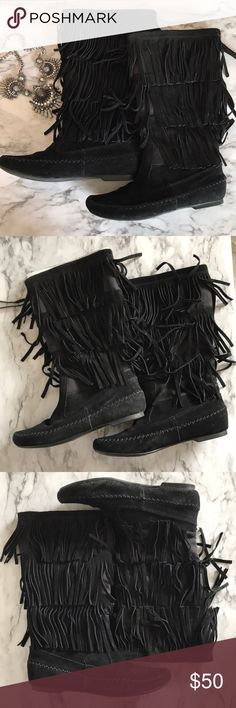 Lauren Conrad fringe boots LC size 6 fringe boots. Like new with box. I only wore these twice. Fringe boots are always in style 💁🏻♀️ LC Lauren Conrad Shoes Moccasins