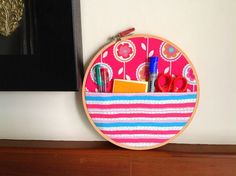 Learn how to make hoop organizers in minutes with this DIY tutorial. These organizers are perfect to tuck away your little things neatly and in style. You may use it to store you sewing or quilting supplies or anything else you wish. Easy Diy Gifts, Handmade Gifts, Diy Face Mask, Face Masks, Diy Embroidery, Coordinating Colors, Love Sewing, Sewing Notions, Wall Hanger