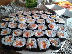 Sushi z łososiem i warzywami