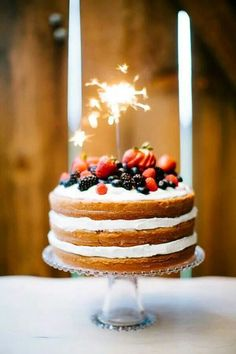 of July Wedding Inspiration - cake with berries and sparklers >> Red, White & Blue: of July, Memorial Day, Labor Day Sweet Treats 4th Of July Cake, Fourth Of July, Cake Sparklers, Sparkler Candles, Naked Cake, Festa Party, July Wedding, Let Them Eat Cake, Beautiful Cakes