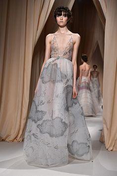 Haute Couture Dresses | Valentino--a.jpg