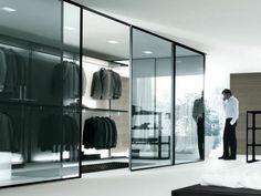 monochromatisch glas Kleiderschranksysteme begehbarer kleiderschrank maskulin