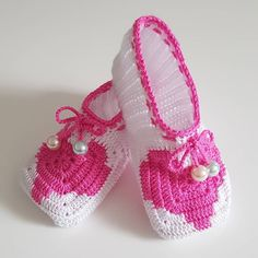 Instergram Seite orgu_sayfam.61👈😍 Crochet Baby Shoes, Kids, Instagram, Fashion, Herb, Loafers & Slip Ons, Young Children, Moda, Boys