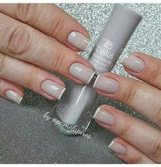 Nails - a great line up of nail images. The totally clever image presented on this creative day 20200521 Shellac Nails, Manicure And Pedicure, Acrylic Nails, Wow Nails, Pretty Nails, Gel Nail Art, Nail Polish, Nail Paint Shades, Gel French Manicure