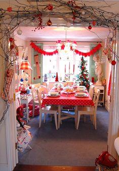 Фото из статьи: 6 идей вместо новогодней ёлки: советы декоратора