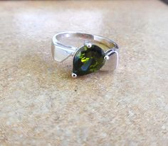 Birthstone Ring, Birthstone Jewelry, Peridot Ring, Fine Jewelry, August Birthstone, Gifts For Her, Vintage Green Ring, Gemstone Ring ,