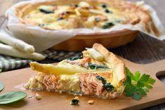 Spargel-Lachs-Tarte - Fränkische Rezepte Savoury Baking, Spanakopita, Sushi, Oven, Ethnic Recipes, Food, Quiches, Muffins, Asparagus