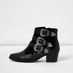 Black leather Western buckle strap boots 60,00 €