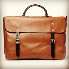 Ally Capellino provides a nice alternative to the cookie cutter briefcase.