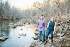 river engagement session // Emily March Photography