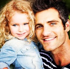 This has to be THE cutest picture of Alan and his daughter, Avery!! :)