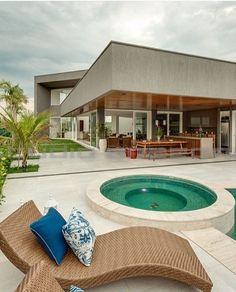 Casa Darzy / Vasco Vieira. #portugal Www.facebook.com ... 18 Luxusvilla Designs Atemberaubend Aussehen