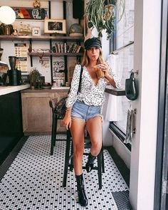 Girly Outfits – Page 4757442575 – Lady Dress Designs Summer Bar Outfits, Casual Bar Outfits, Outfits With Hats, Girly Outfits, Spring Outfits, Fashion Outfits, Spring Clothes, Woman Outfits, Ootd Fashion