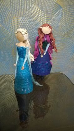 """Frozen"" Princesses Else and Anna"