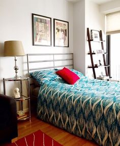 Stephanie's Bold Mix — Small Cool   Apartment Therapy