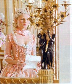 Marie Antoinette's boudoir, Fontainebleau « Madame Guillotine