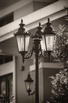 CLASSIC STREET LAMP / 1967