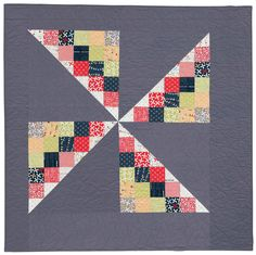 Spin Patch quilt, in:  Large Block Quilts by Victoria Eapen
