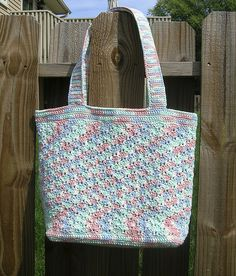 Here you find everything for free on crochet:crochet patterns, crocheting, graphics crochet, step-by-step of crochet, crochet stitches, crochet easy