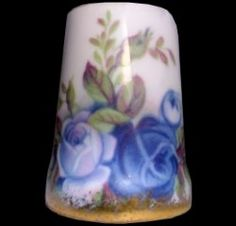 Royal Albert China - Special Collections - Thimbles- Moonlight Rose