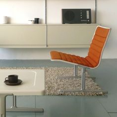606 universal shelving system & 601 chair, design dieter rams, Vitsœ, 1960-61