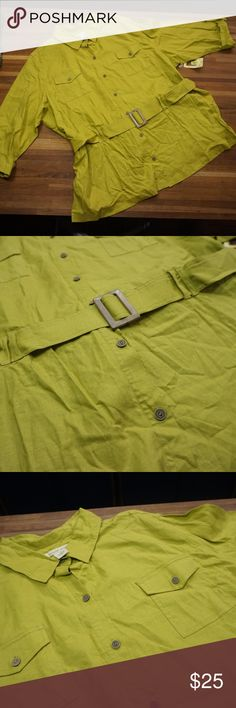 """Safari jacket Cool safari jacket in what they are calling a golden palm color. I think it looks like a citron green or chartreuse green.  It is a linen blend with rayon and spandex so it has a little give to it.  shoulders  20"""" sleeve 19.5"""" bust 29"""" waist 28"""" length 32"""" E030 bechamel Jackets & Coats"""
