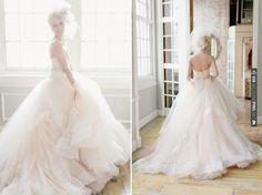 Romantic Metropolitan Building Bridal Inspiration Shoot by Elisabeth Millay Photography | CHECK OUT MORE IDEAS AT WEDDINGPINS.NET | #weddings #weddingdress #inspirational