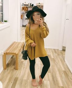 relaxing fall outfits ideas you must try now 5 ~ Modern House Design Outfits 2019 Outfits casual Outfits for moms Outfits for school Outfits for teen girls Outfits for work Outfits with hats Outfits women Outfits With Hats, Casual Fall Outfits, Fall Winter Outfits, Cute Outfits, Modern Outfits, Stylish Outfits, Oversized Sweater Outfit, Pullover Outfit, Mustard Sweater Outfit