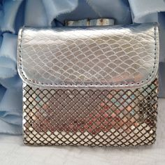 Whiting and Davis silver change purse by VintageRevivalDesign on Etsy https://www.etsy.com/listing/204356511/whiting-and-davis-silver-change-purse