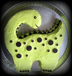 Art it out!: Dino cake-Art it out!: Dino cake Art it out! Art It, Snowflake Wedding Cake, Bolo Original, Dino Cake, Dinosaur Cupcake Cake, Dinosaur Cake Easy, Dinosaur Cakes For Boys, The Good Dinosaur Cake, Dinosaur Birthday Cakes