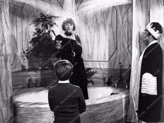 photo Beatrice Arthur Lucille Ball bathtub shower scene Mame 1391-32