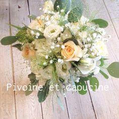Bouquet de mariée bohème avec eucalyptus, lysianthus, rose et hortensias