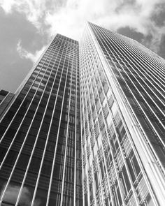 JP Morgan  #jpmorgan #canarywharf #blackandwhite #blackandwhitephotography #lookup #lookupclub #lookup_ldn #minimal_lookup #building #buildings #city #cityscape #architecturelovers #architecture #london #uk #britain #greatbritain #maybeldner #londonlive #igerslondon #ilovelondon #thisislondon #thelondonlifeinc #london_only #londonlife #unitedkingdom #how2where2why by damienrivoire_bw