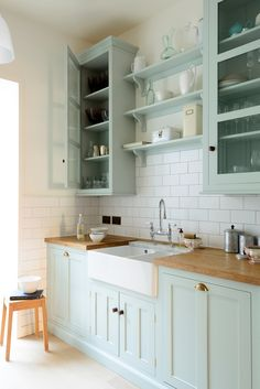 home decor kitchen The Classic English Kitchen by deVOL Green Kitchen Cabinets, Kitchen Cabinet Colors, Kitchen Paint, Kitchen Redo, Home Decor Kitchen, Interior Design Kitchen, New Kitchen, Kitchen Remodel, Kitchen With Green Walls