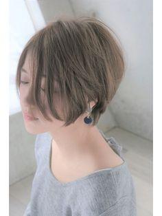 前下がりショートボブ 【セミウェット、パーソナルカラー】 - 24時間いつでもWEB予約OK!ヘアスタイル10万点以上掲載!お気に入りの髪型、人気のヘアスタイルを探すならKirei Style[キレイスタイル]で。