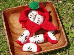 http://www.craftsy.com/pattern/crocheting/toy/peelable-apple-amigurumi/4649