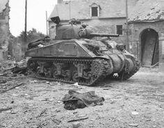 Sherman en Canisy, Francia.1944