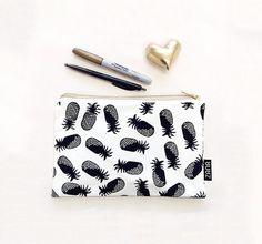 Piña patrón bolsa - bolsa de cosméticos con patrón impreso de piña. Pequeño monedero bolsa.