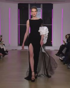 Georges Chakra Look Spring Summer 2018 Couture Collection Asymmetric Black Slit Sheath Evening Maxi Dress / Evening Gown with One Half Long Sleeve. Runway Show by Georges Chakra Evening Gowns Couture, Haute Couture Dresses, Couture Fashion, Evening Dresses, Georges Chakra, Elegant Dresses, Beautiful Dresses, Sexy Dresses, Formal Dresses