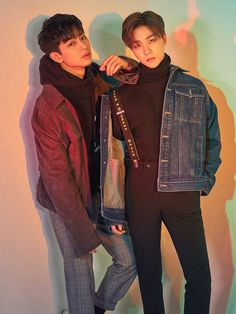 Image uploaded by Deshawnda Cooksey. Find images and videos about Ikon, bobby and jinhwan on We Heart It - the app to get lost in what you love. Chanwoo Ikon, Kim Hanbin, Yg Entertainment, Bobby, Ikon Songs, Winner Ikon, Sassy Diva, Ikon Debut, Ikon Wallpaper