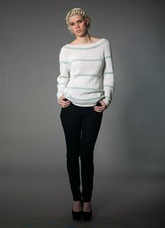 Sweater in white and mint. Pattern by Sandnes garn