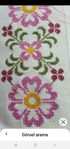 Cross Stitch Designs, Cross Stitch Patterns, Cross Stitch Flowers, Plastic Canvas, Cross Stitching, Embroidery, Xmas Cross Stitch, Crochet T Shirts, Punto Cruz Gratis