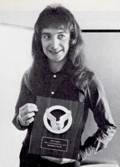 John Deacon in Japan 1976 photo by Koh Hasebe
