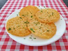 Parmigiano kaaskoekje - Italiaanse gerechten — Alles Over Italiaans Eten
