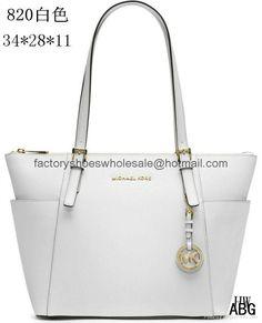 1c0b1228b5 121 Best Michael Kors Handbags images