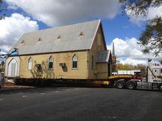 Hewes Oversize Transport & Schwertransport Australien.  Kirchenverlagerung 9,5 Meter hoch 8 Meter breit 18 Meter lang Oversize Transport