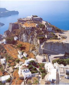 Castle of Kythira Island, south of Peloponnese, Greece Corfu, Greece Today, Corinth Canal, Places To Travel, Places To Visit, Myconos, Empire Ottoman, Greece Pictures, Places In Greece