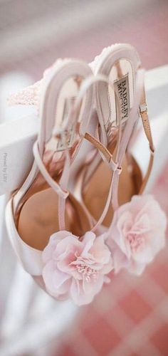 Pretty pastel Badgley Mischka heels with chiffon rosettes (Photo by Michael & Carina Photography) Pretty Shoes, Beautiful Shoes, Bridal Shoes, Wedding Shoes, Everything Pink, Pretty Pastel, Pink Shoes, Mode Style, Badgley Mischka